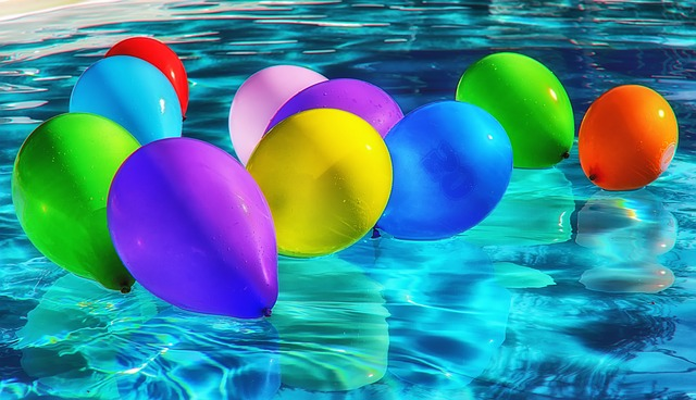 bazén s balónky