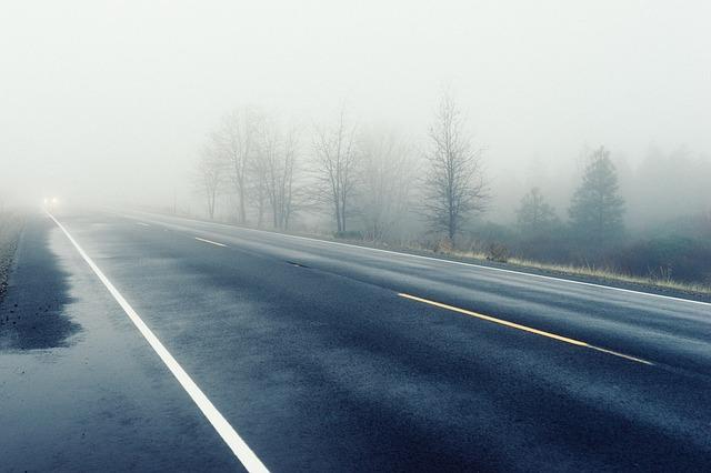 mokrá silnice