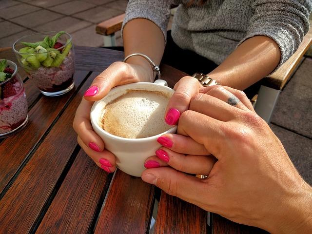 rande u kávy