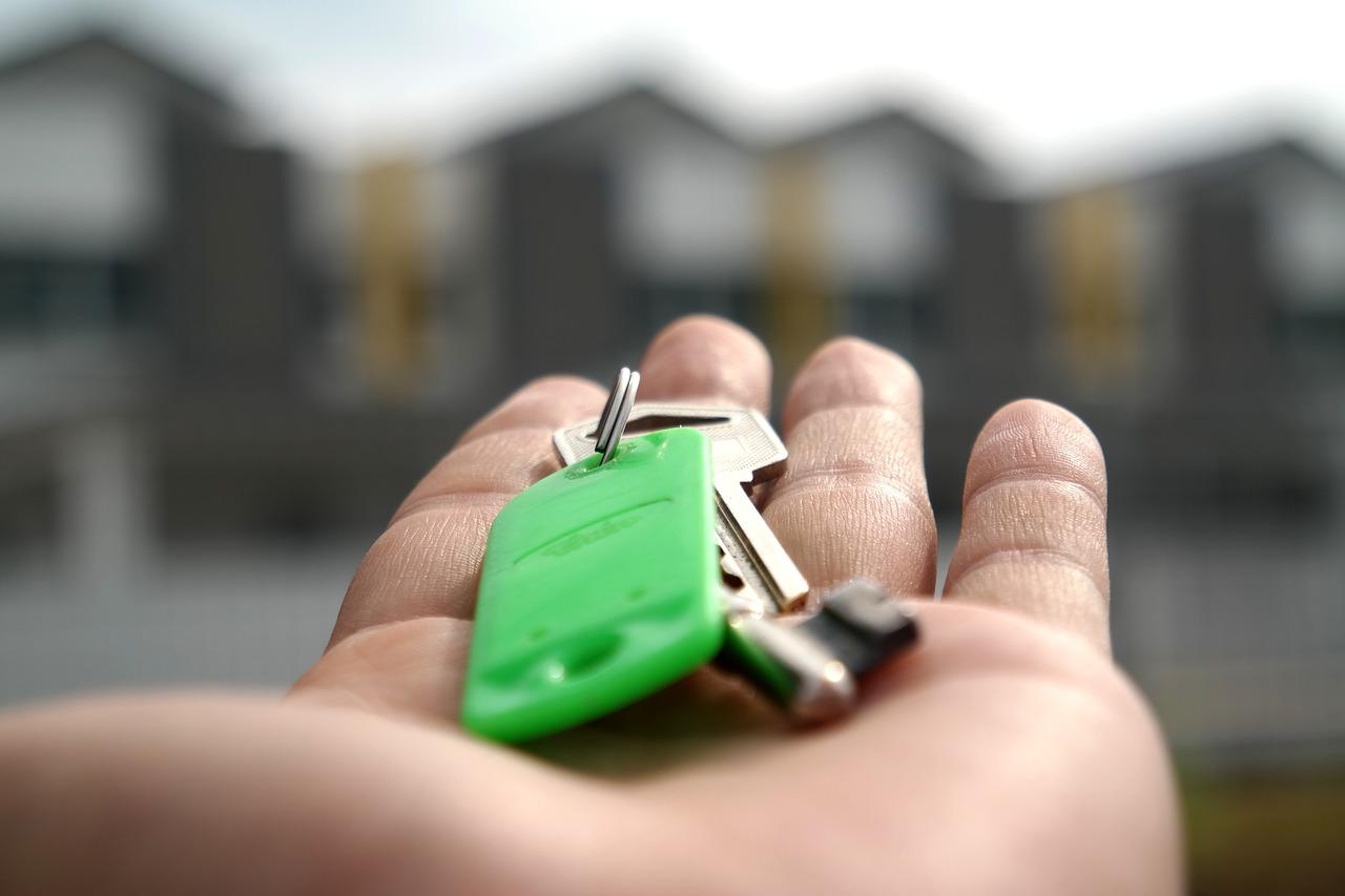 klíče v dlani